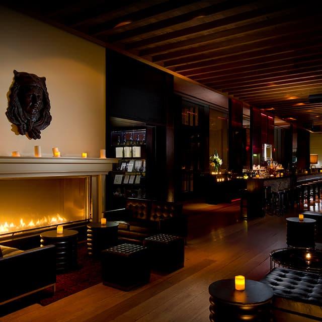 zeta cocktail bar hilton sydney. Black Bedroom Furniture Sets. Home Design Ideas